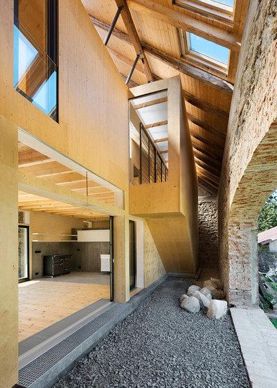Современный Фасад дома by A2F Architekten