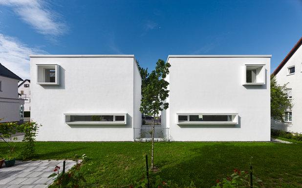 Minimalistisch Häuser by Herbert O. Zielinski, Architekt BDA