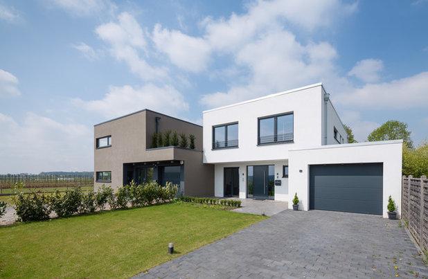 Minimalistisch Häuser by Hintermeier Architekten
