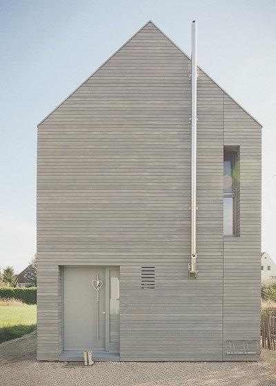 Modern Häuser by ARCHITEKTanBORD
