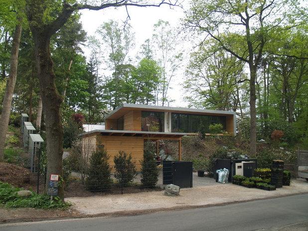 Modern Häuser by Cousin Architekt