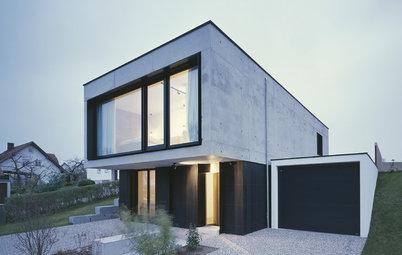 Architektur: Sachliches Wohnhaus aus Hightech-Beton bei München