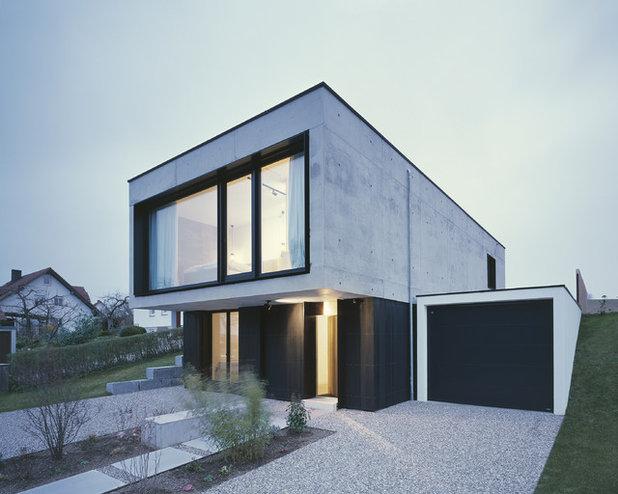 Moderne Hus & facade by KPT Architekten
