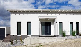 Eingangsbereich mit Haustür