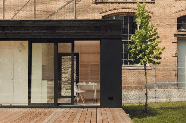 architektur 19 qm wohnen im serienm ig produzierten holzhaus. Black Bedroom Furniture Sets. Home Design Ideas