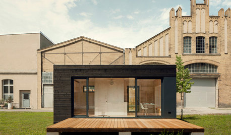 Houzz Tour: Germany's 205-Square-Foot Prefab, Sustainable Home