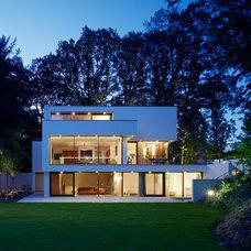 Modern Exterior by Markus Mucha