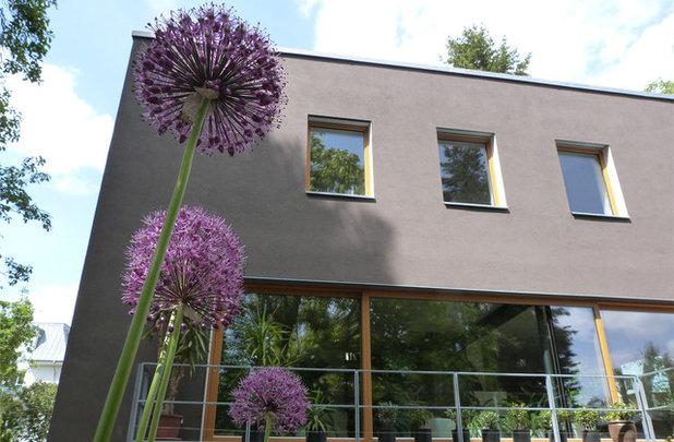 Modernes Waldhaus Holzterrasse Chalet riersom residence salmela architect