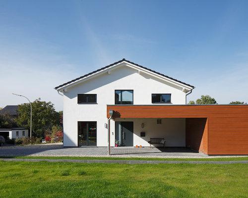 Charmant Mittelgroßes, Zweistöckiges, Weißes Modernes Haus Mit Satteldach In Dortmund