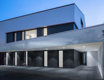 HAUS M / urban black & white / Wohnhaus in Ulm Söflingen