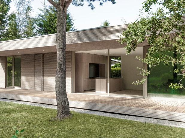 Minimalistisch Häuser by 2D+ Architekten