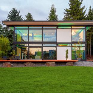 Geräumiges, Zweistöckiges Modernes Einfamilienhaus mit Mix-Fassade, Flachdach und Misch-Dachdeckung