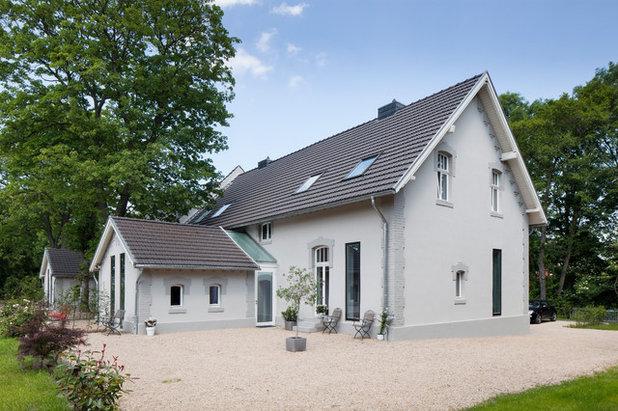 Skandinavisch Häuser By MRR Architekten