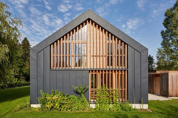 Contemporary Exterior by Stefan Bannert Architekten
