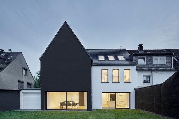 Minimalistisch Häuser by smyk fischer architekten