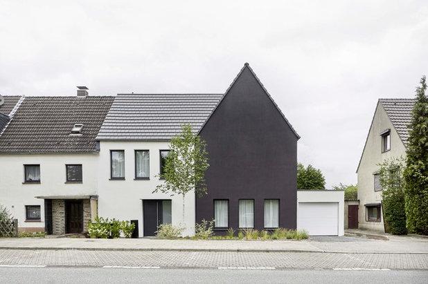 Scandinavian Exterior by smyk fischer architekten