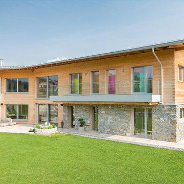Neues Designerfenster für ein bestehendes Holzhaus