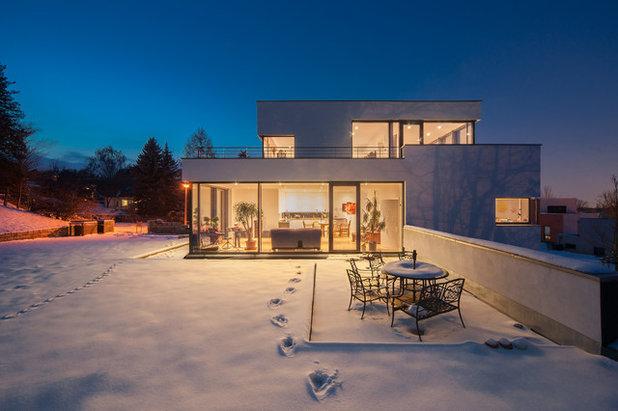 Moderno Facciata by Reiter Architekten