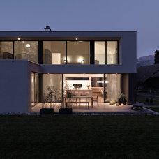 Modern Exterior by Leicht Küchen AG