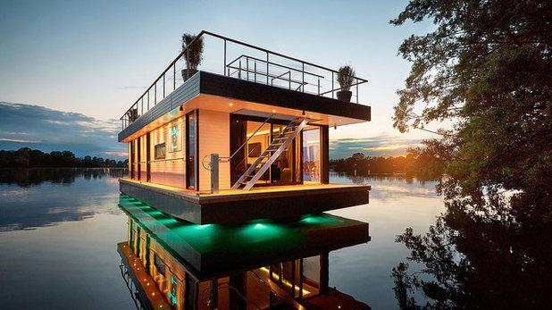 Contemporary Exterior by Rev House