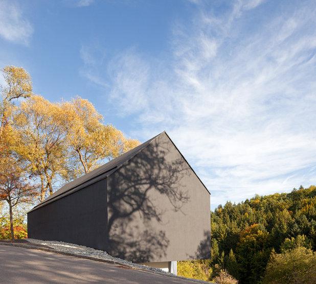 Contemporary Exterior by Fabi Architekten BDA