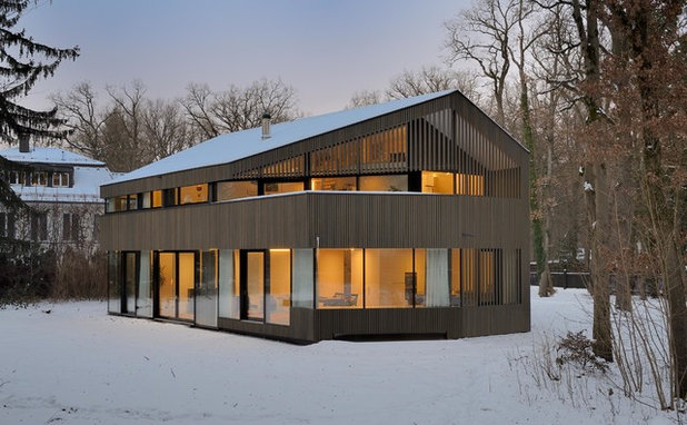Scandinavian Exterior by Jacob&Spreng Architekten GmbH
