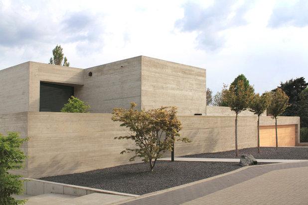 Fensterlose Fassaden: 18 Introvertierte Häuser In Deutschland Und
