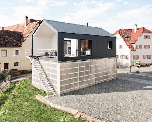 868 fotos graue häuser und fassaden balkon
