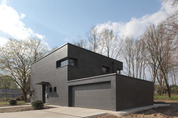 warum architekten jetzt schwarze fassaden gestalten. Black Bedroom Furniture Sets. Home Design Ideas