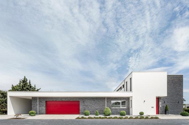 Modern Exterior by plus4architekten