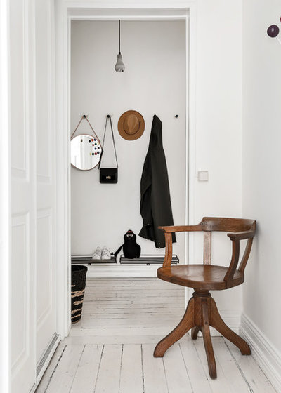 Scandinavian Hall by Myrica Bergqvist Interior Stylist/Decorator
