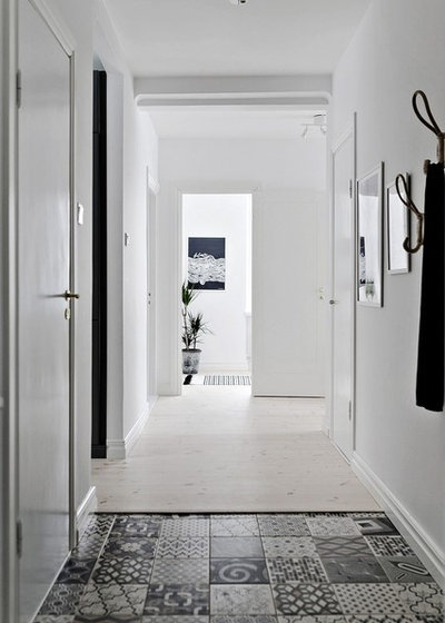 Scandinavian Hallway & Landing by coloredhome