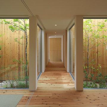 西三国の家 木に囲まれた都心の平屋 House in Nishimikuni