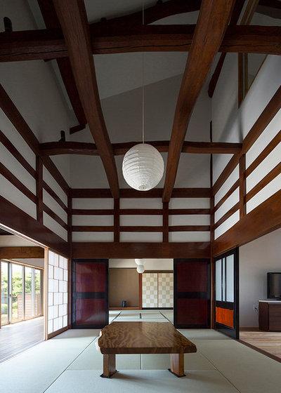 トラディショナル 廊下 by haco建築設計事務所