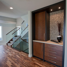 Contemporary Hall by Galko Homes