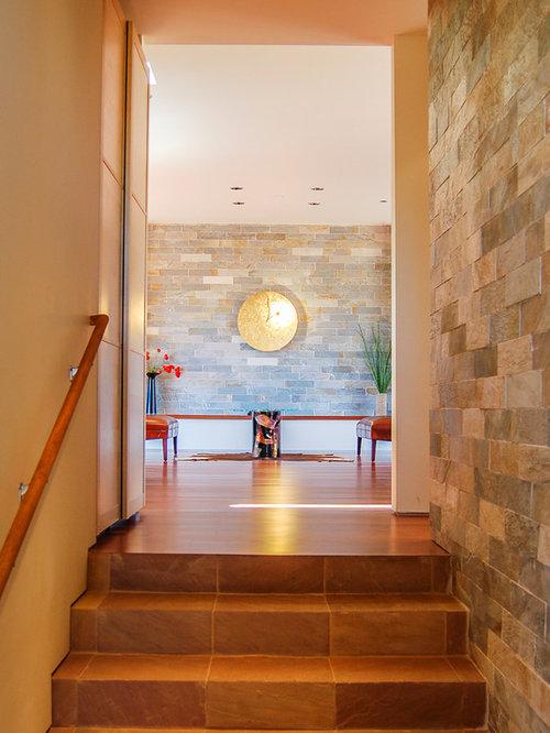 Couloir moderne avec un sol en carreau de terre cuite for Un carreau de terre