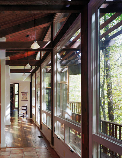 Contemporary Hall by Barnes Vanze Architects, Inc