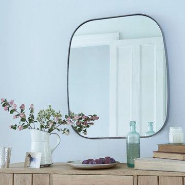 Albie mirror