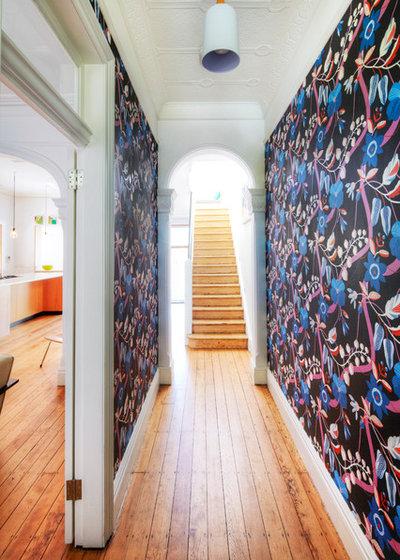 Contemporain Couloir by Lochbuild