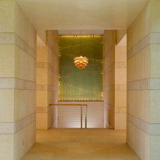 Modern Hall by Poss Architecture + Planning + Interior Design