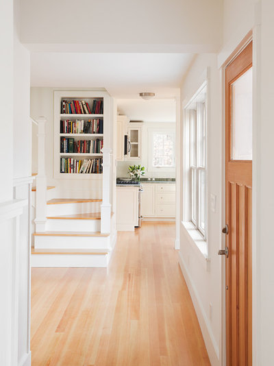 Traditional Hallway & Landing by Sophie Metz Design