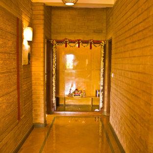 Esempio di un ingresso o corridoio etnico