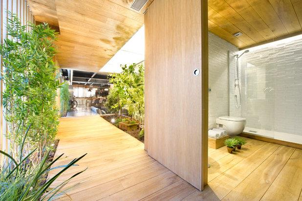 Industriel Couloir by Egue y Seta