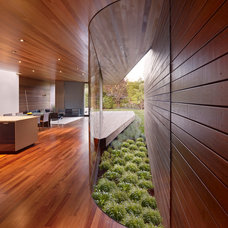 Modern Hall by Terry and Terry Architecture
