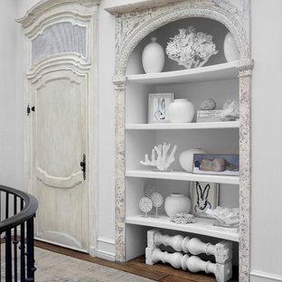 Неиссякаемый источник вдохновения для домашнего уюта: коридор в средиземноморском стиле