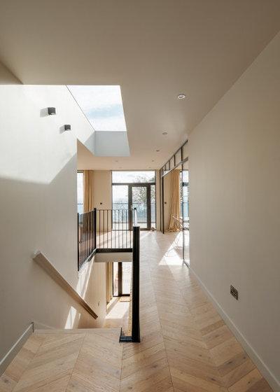 Coastal  by van Ellen + Sheryn Architects