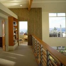 Modern Hall by Ben Trogdon Architects