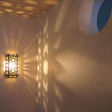 Contemporary Hall by Beneke Interiors
