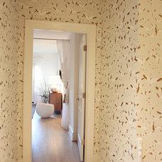 Midcentury Hall by Heather Garrett Design