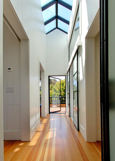 Contemporary Hallway & Landing by Malcolm Davis Architecture